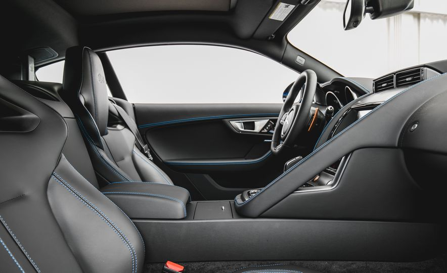 2017 Jaguar F-type S coupe - Slide 38