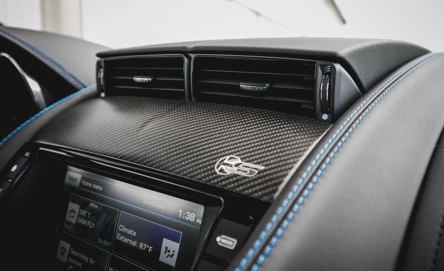 2017 Jaguar F-type S coupe - Slide 48