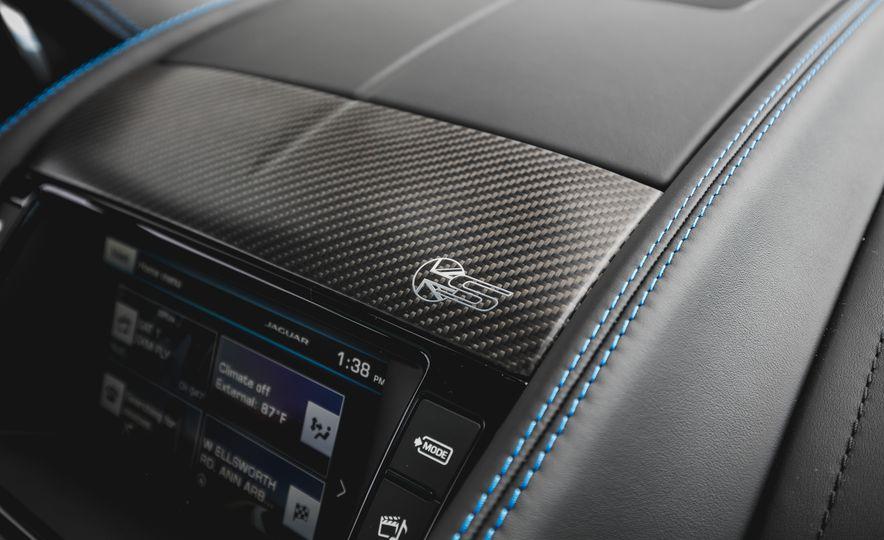 2017 Jaguar F-type S coupe - Slide 49