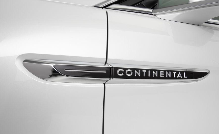 2017 Lincoln Continental - Slide 11