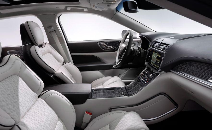 2017 Lincoln Continental - Slide 12