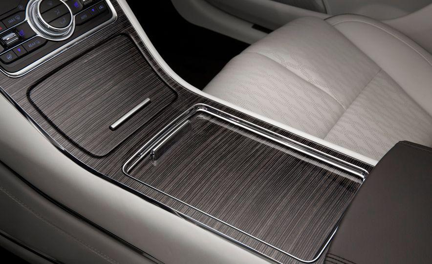2017 Lincoln Continental - Slide 17