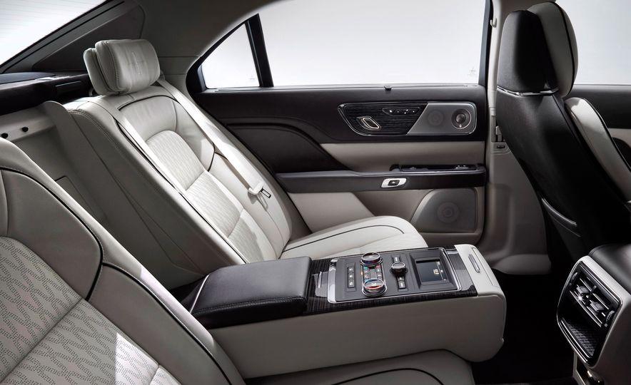 2017 Lincoln Continental - Slide 19
