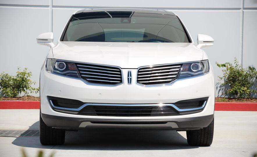 2017 Lincoln MKX - Slide 3