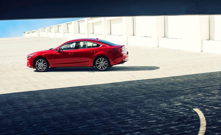 Mazda 6 convertible - Slide 21