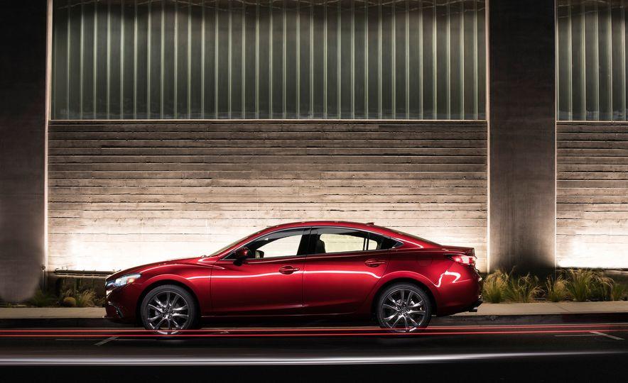 Mazda 6 convertible - Slide 23