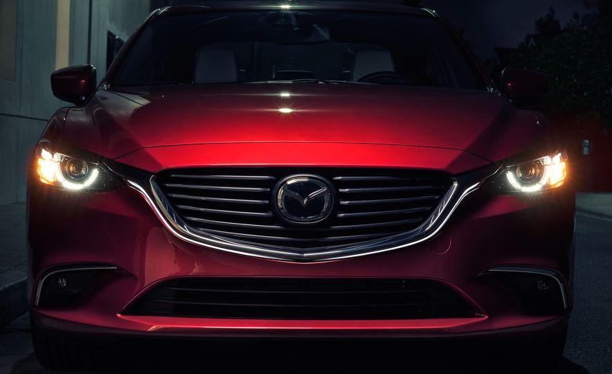 Mazda 6 convertible - Slide 24