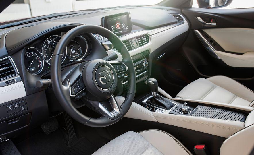 Mazda 6 convertible - Slide 31