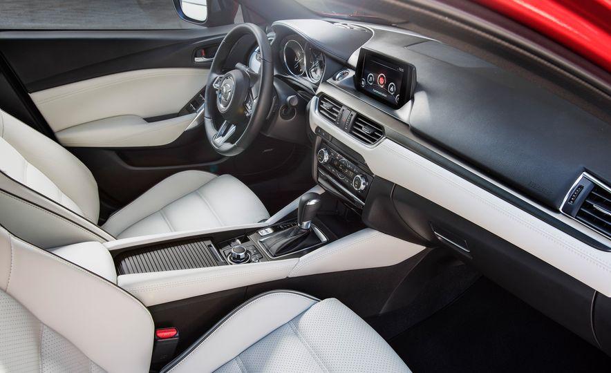 Mazda 6 convertible - Slide 33