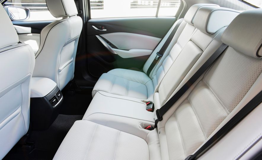 Mazda 6 convertible - Slide 46
