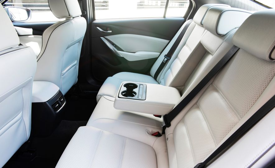 Mazda 6 convertible - Slide 47