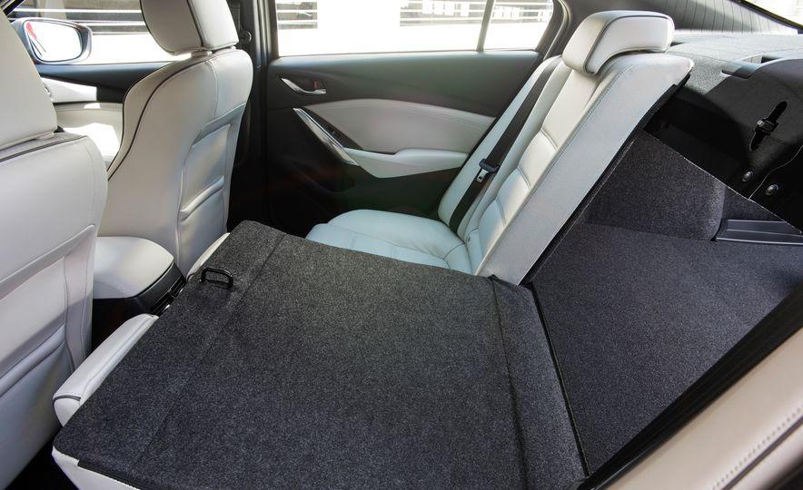 Mazda 6 convertible - Slide 48