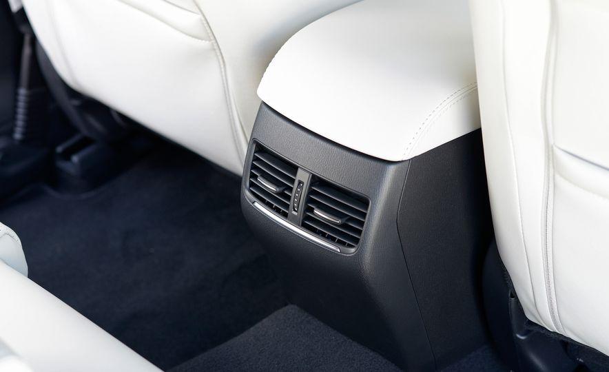 Mazda 6 convertible - Slide 50