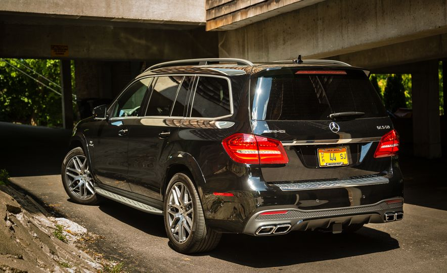 2017 Mercedes-AMG GLS63 - Slide 10