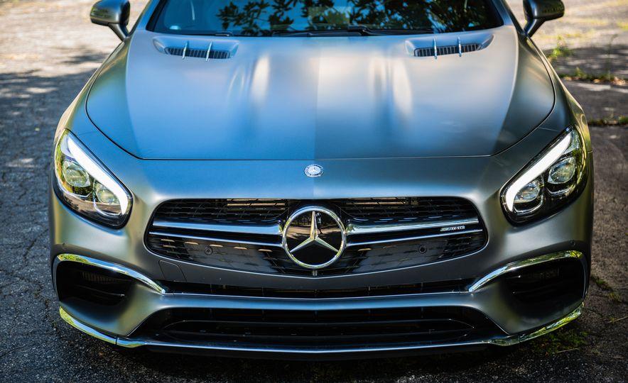 2017 Mercedes-AMG SL65 - Slide 24