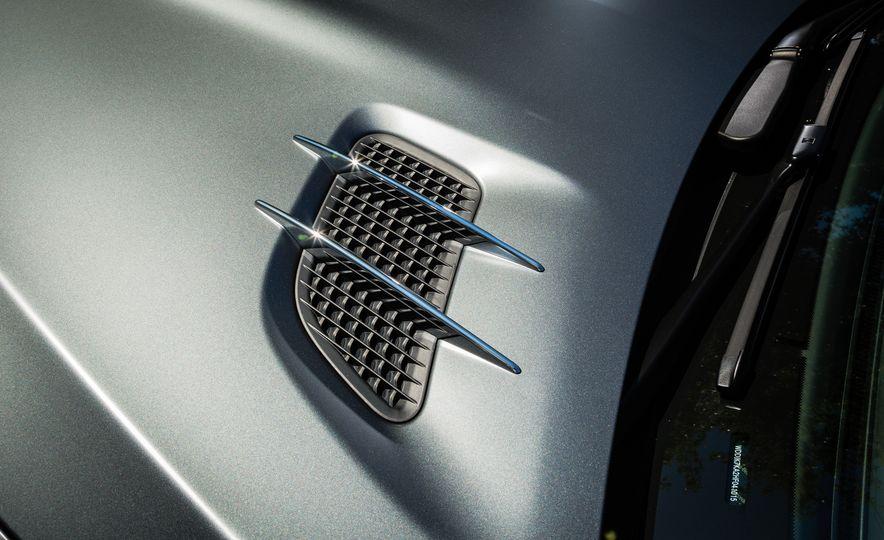 2017 Mercedes-AMG SL65 - Slide 25
