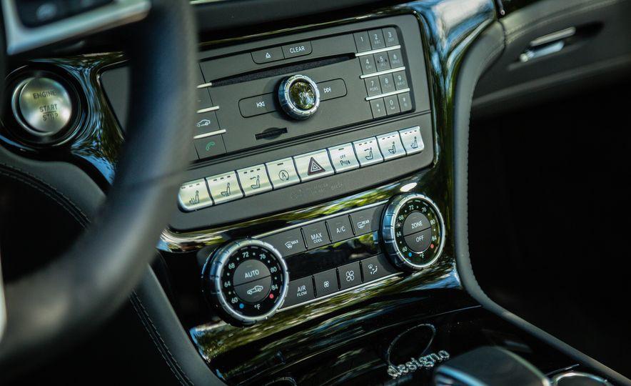 2017 Mercedes-AMG SL65 - Slide 39