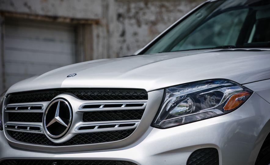 2017 Mercedes-Benz GLS450 - Slide 18