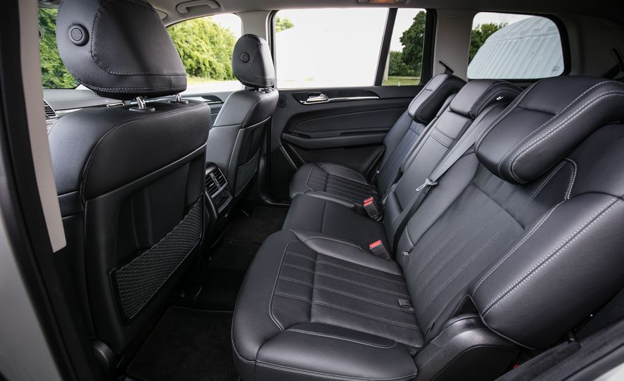 2017 Mercedes-Benz GLS450 - Slide 33