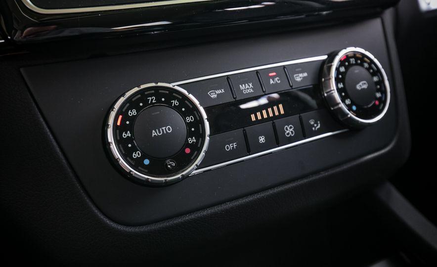 2017 Mercedes-Benz GLS450 - Slide 46