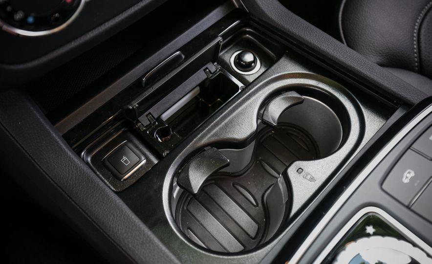 2017 Mercedes-Benz GLS450 - Slide 50