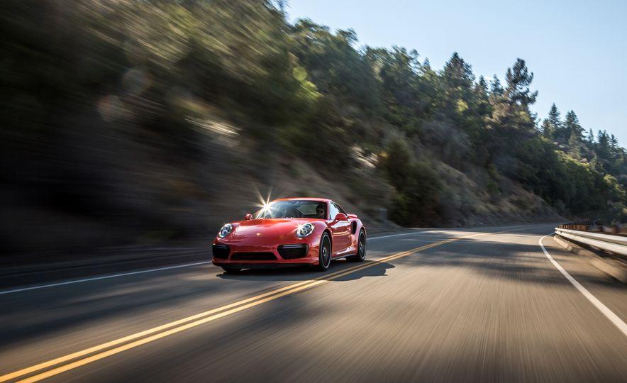 2017 Porsche 911 Turbo - Slide 23