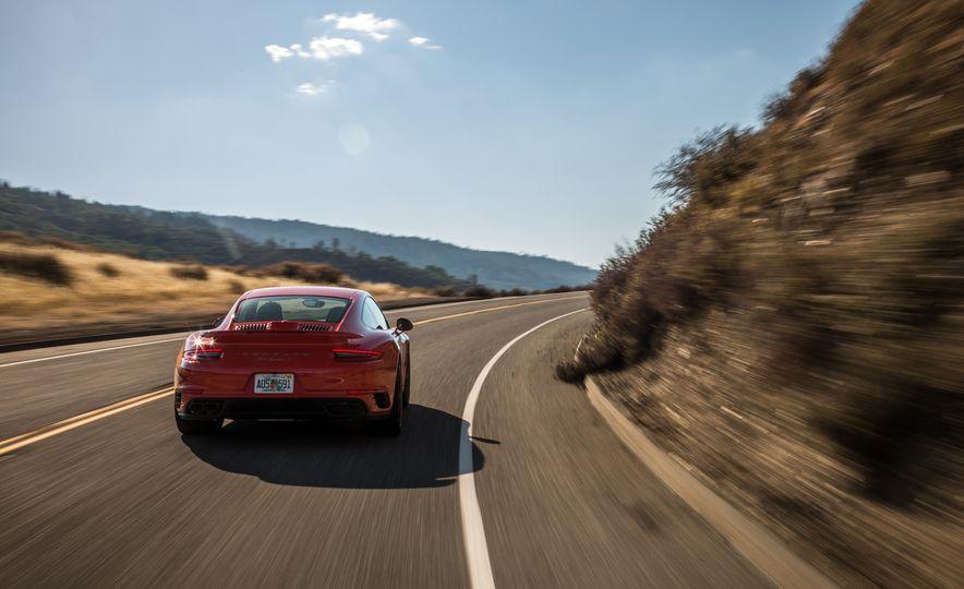 2017 Porsche 911 Turbo - Slide 29