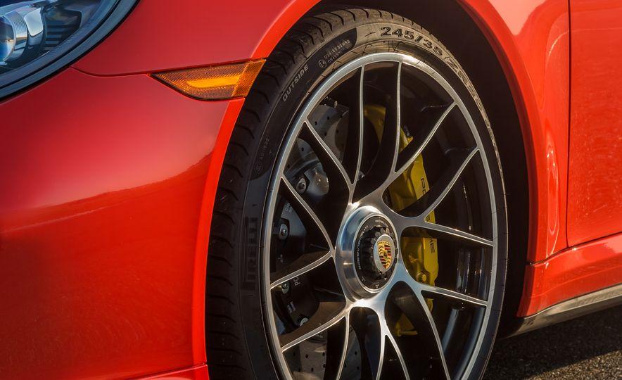 2017 Porsche 911 Turbo - Slide 42