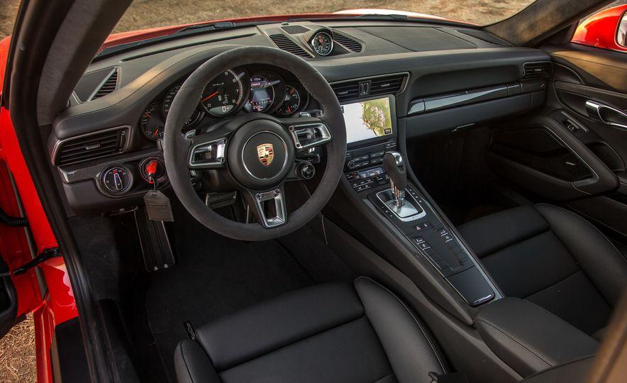 2017 Porsche 911 Turbo - Slide 48