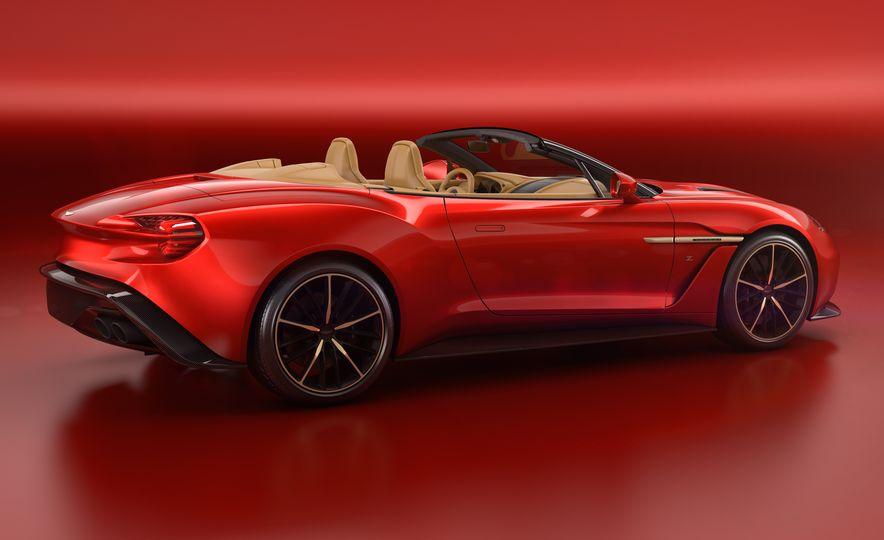 Aston Martin Vanquish Zagato Volante - Slide 8