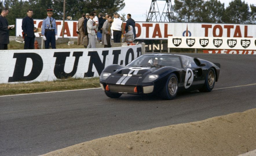 17 Vintage Ford GT40s Stampede into Pebble Beach! We Dive into Their Histories - Slide 23