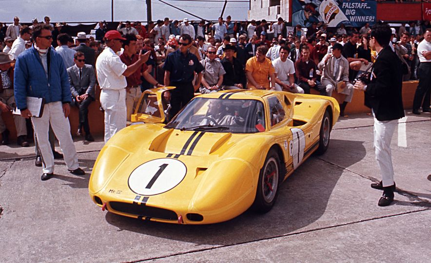 17 Vintage Ford GT40s Stampede into Pebble Beach! We Dive into Their Histories - Slide 36