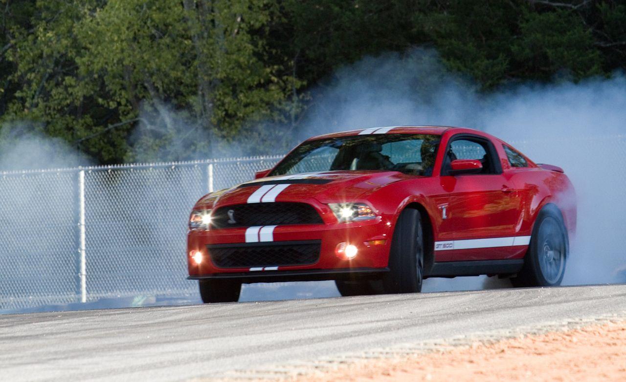 Lightning Lap Legends: Chevrolet Camaro vs. Ford Mustang! - Slide 11