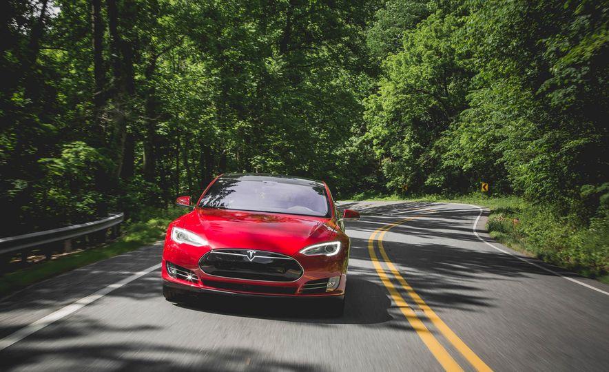 2015 Tesla Model S P85D - Slide 25