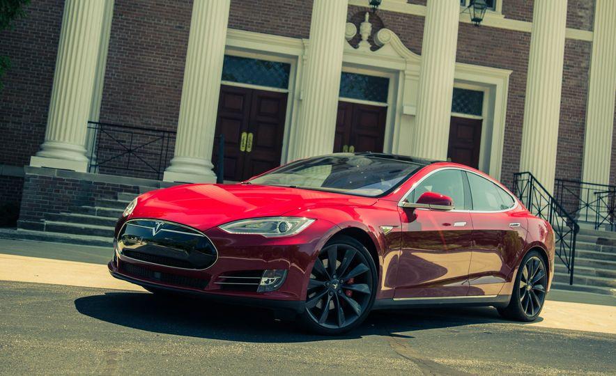 2015 Tesla Model S P85D - Slide 20