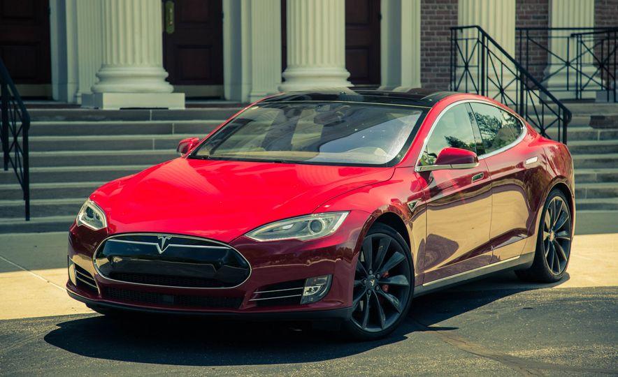 2015 Tesla Model S P85D - Slide 21