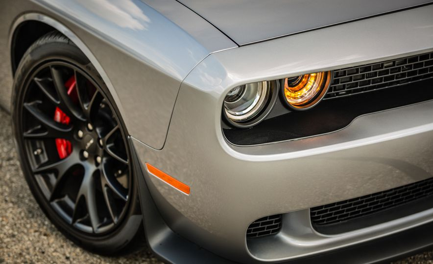 2017 Dodge Charger SRT Hellcat - Slide 23