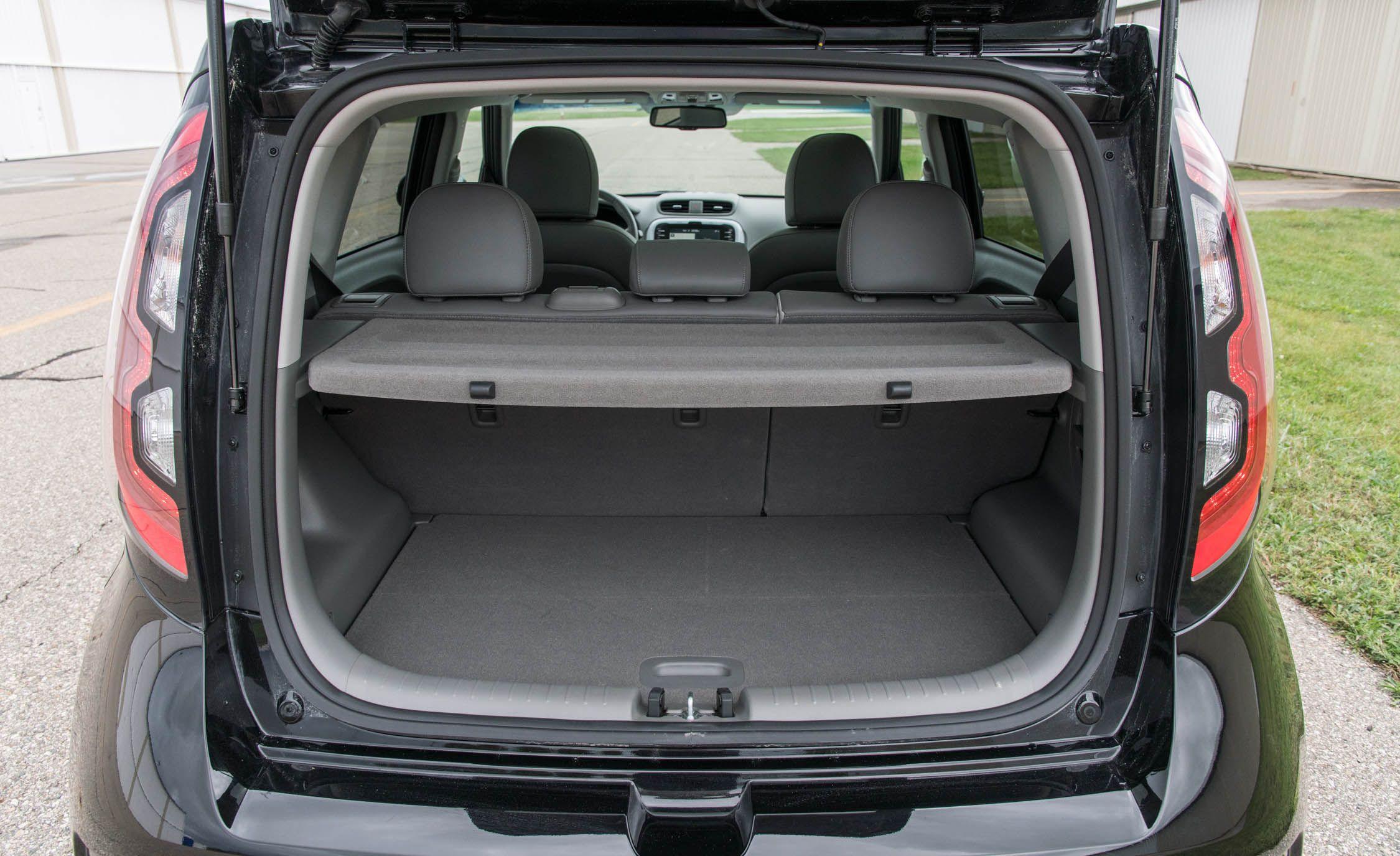 Kia Soul Ev Reviews Price Photos And Specs Car Driver