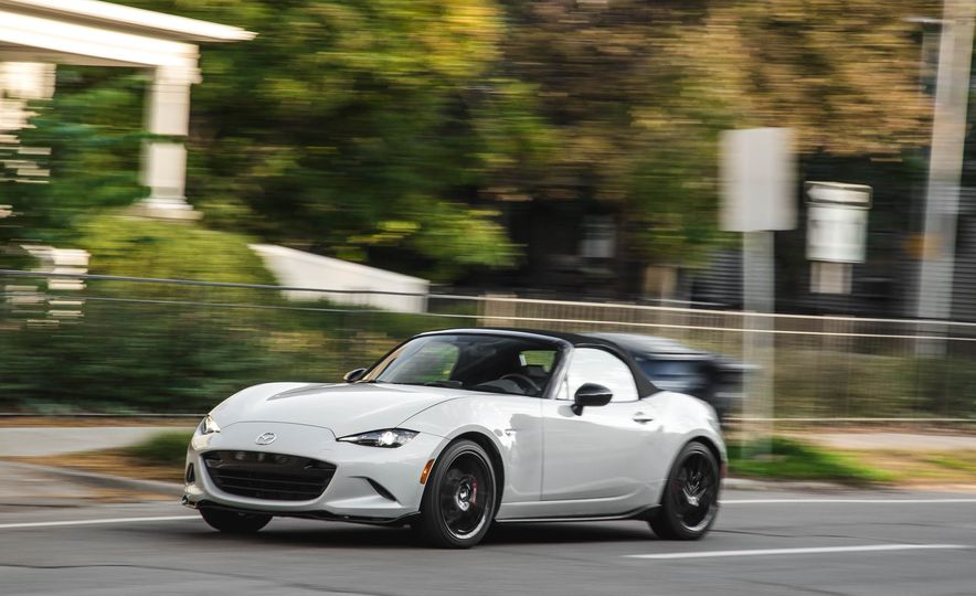 2018 Mazda MX-5 Miata with Dark Cherry softtop - Slide 4