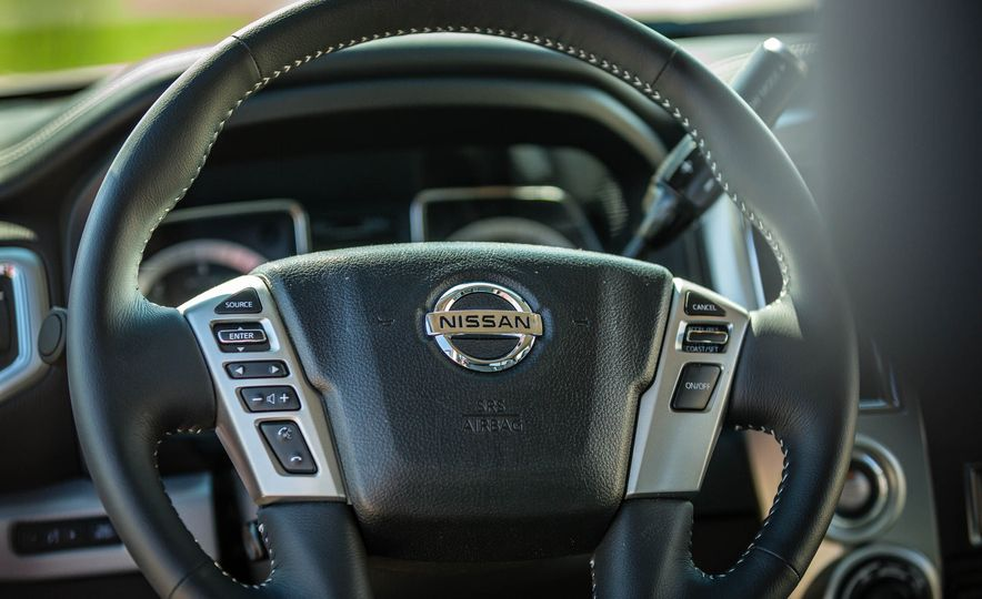 2016 Nissan Titan XD 4x4 diesel - Slide 106