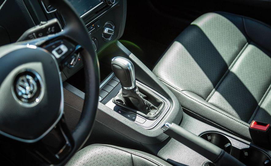 2016 Volkswagen Jetta - Slide 20