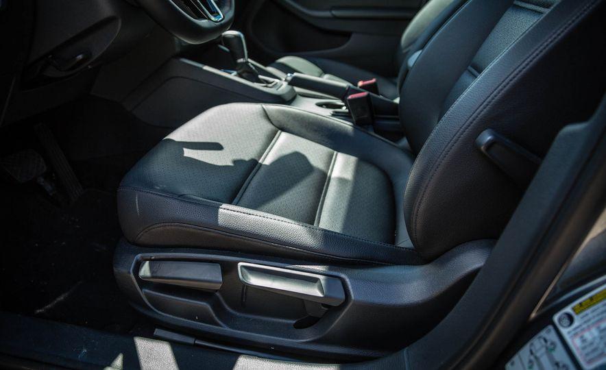 2016 Volkswagen Jetta - Slide 26