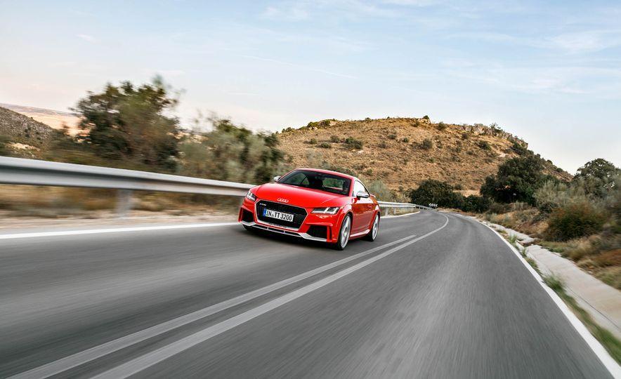 2018 Audi TT RS coupe - Slide 4
