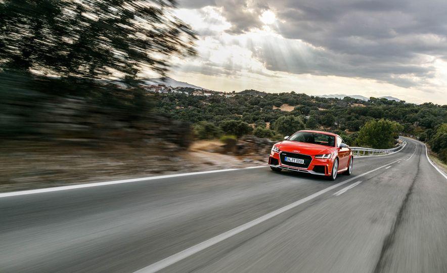 2018 Audi TT RS coupe - Slide 5