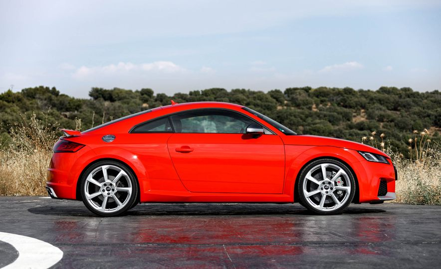 2018 Audi TT RS coupe - Slide 18