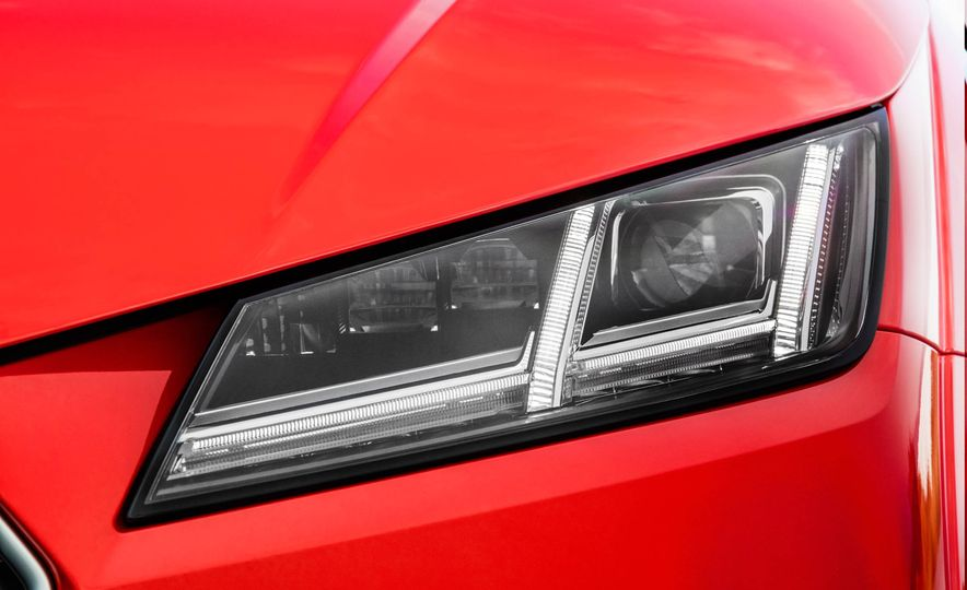 2018 Audi TT RS coupe - Slide 24