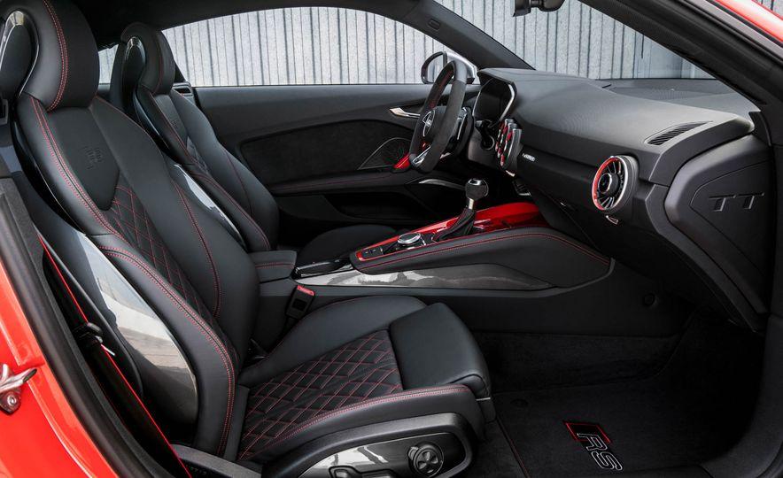 2018 Audi TT RS coupe - Slide 29