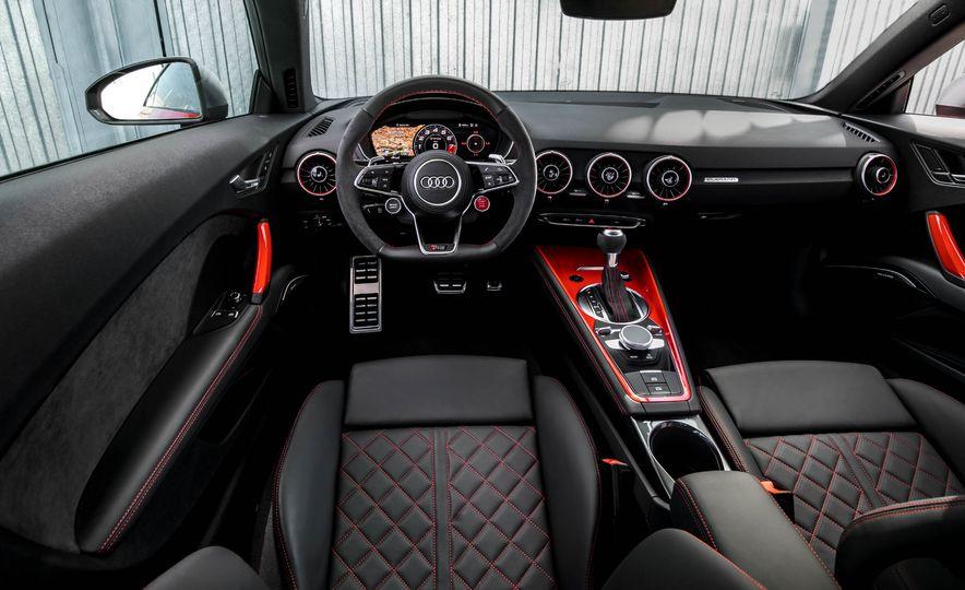 2018 Audi TT RS coupe - Slide 30