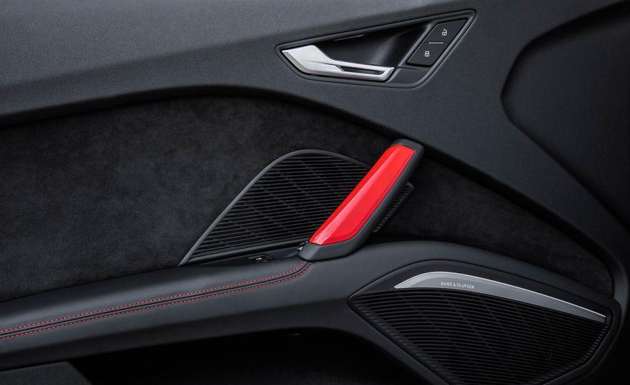2018 Audi TT RS coupe - Slide 34