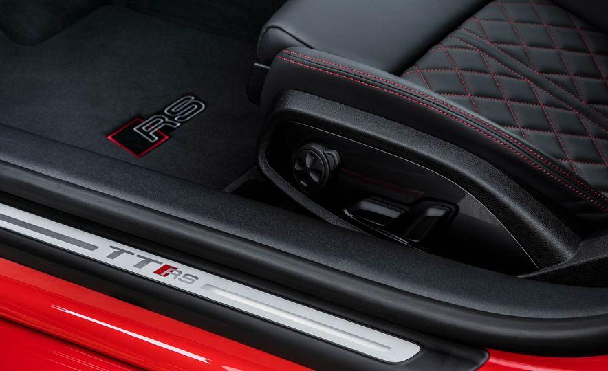 2018 Audi TT RS coupe - Slide 36